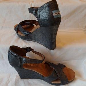 Tom's Wedge Sandals Metallic Grey W8